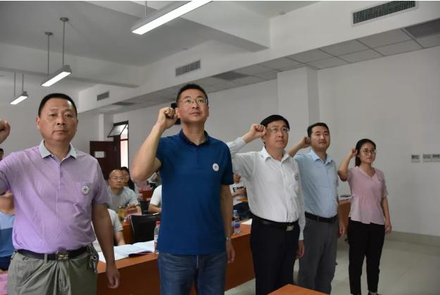 郓城县行政审批服局赴山东大学威海分校学习